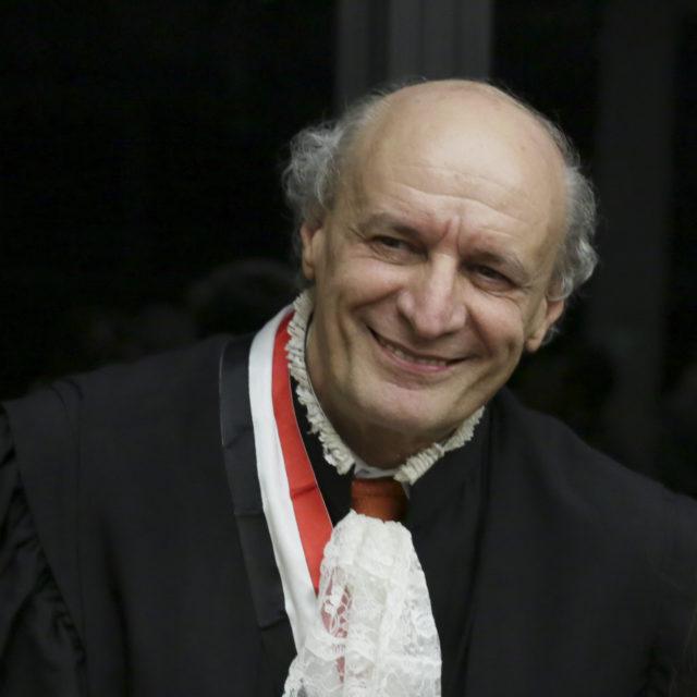 Carlos Roberto Husek