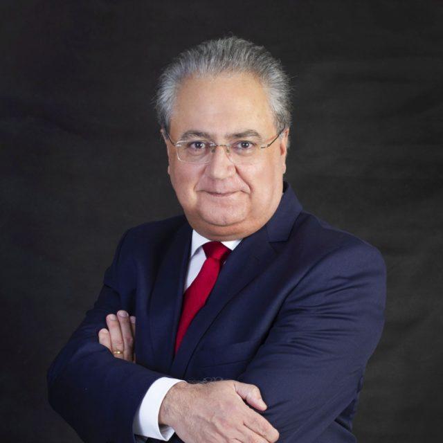 Celso Fernandes Campilongo