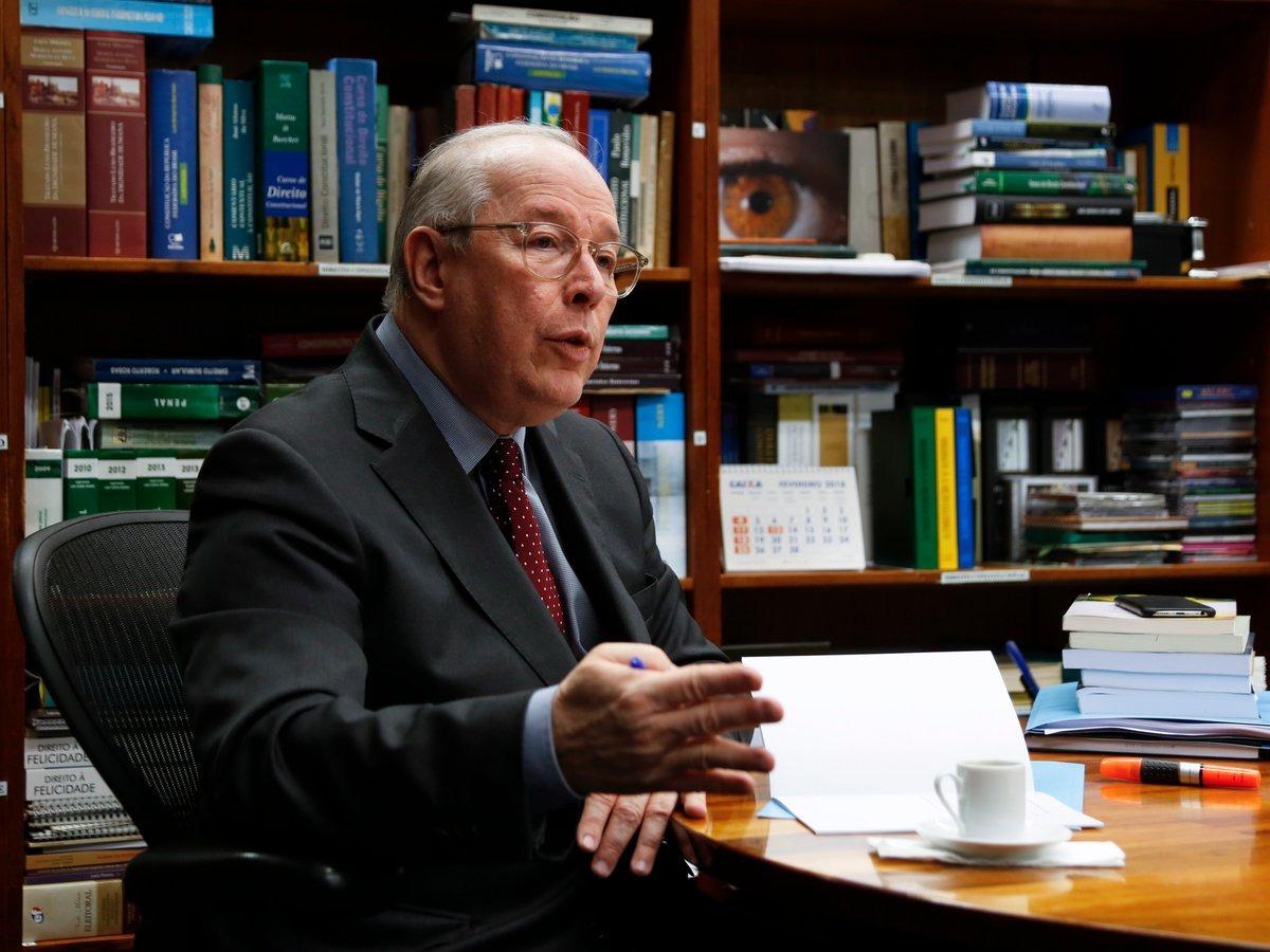"""Celso de Mello: """"Presidente minimiza perigosamente importância da Constituição"""""""